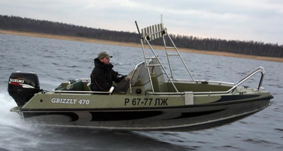 Лодка Grizzly 470 DC
